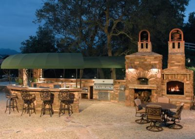 Outdoor Living Kitchen and BBQ