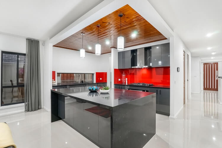Kitchen Remodeling: Should You Buy New Appliances?