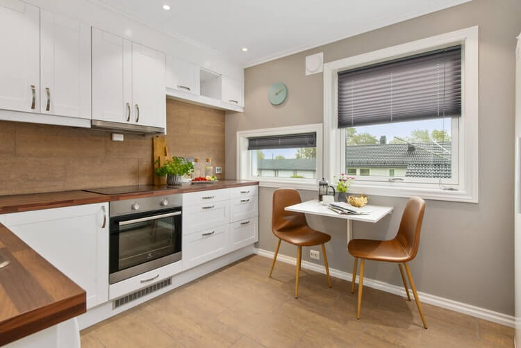 Saving Money with Kitchen Cabinet Refacing in Laguna Hills