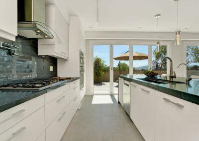 Amytis-kitchen1